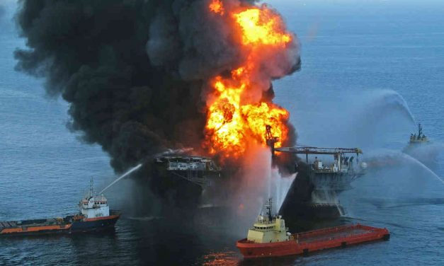 Tras 10 años, el mundo recuerda el derrame de 750 millones de litros de crudo al mar del golfo de México