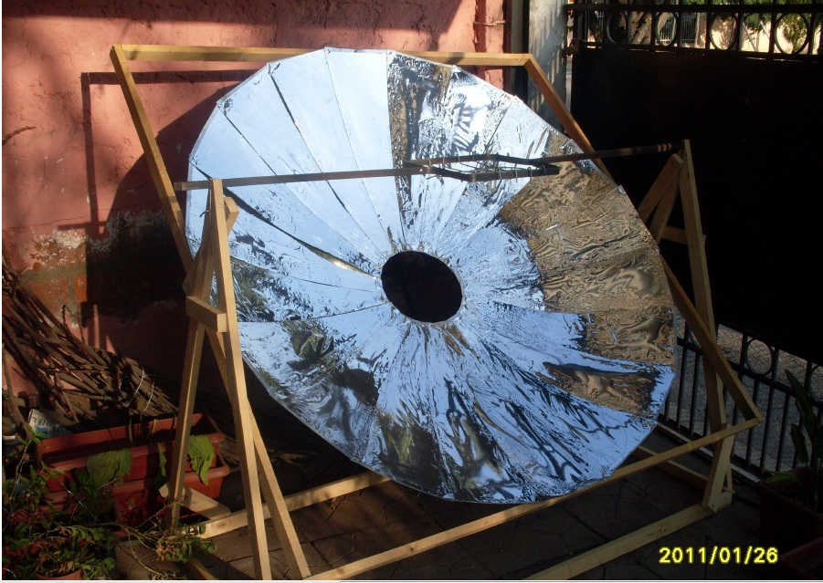 Taller comunitario de autoconstrucción de tecnología solar térmica para uso domiciliario